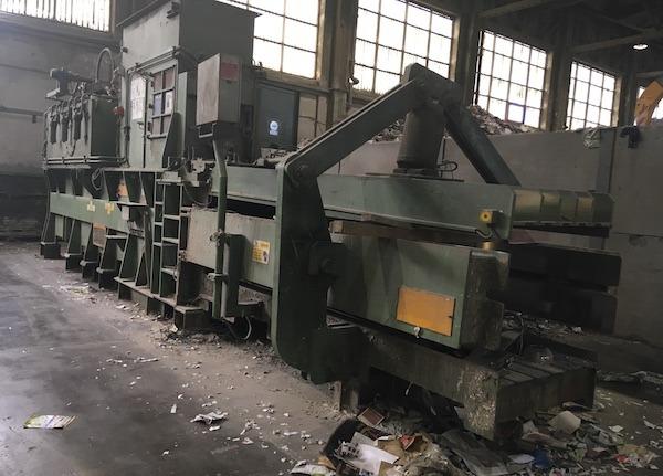 Z Lindemann 145 Bimax Automatic Waste Baler