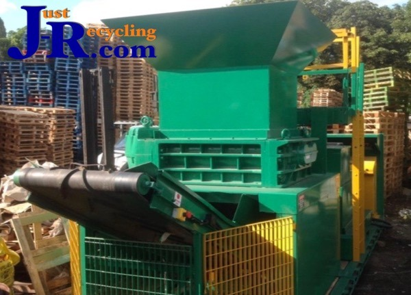Mobile Satrind Twin Shaft Shredder